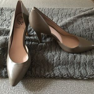 Vince Camuto Stiletto Heels Gray: Size 6